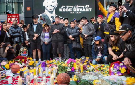 Fans Across the Country Mourn the Death of Kobe Bryant